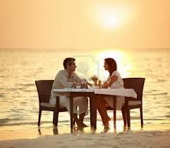 makan sore di pantai
