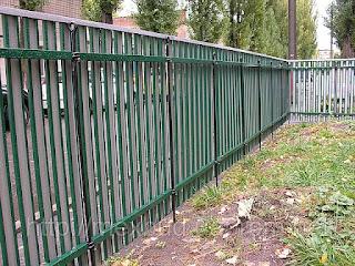 Забор штакетник из профлиста. Фото 14
