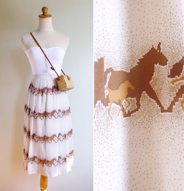 vintage white galloping horse print skirt
