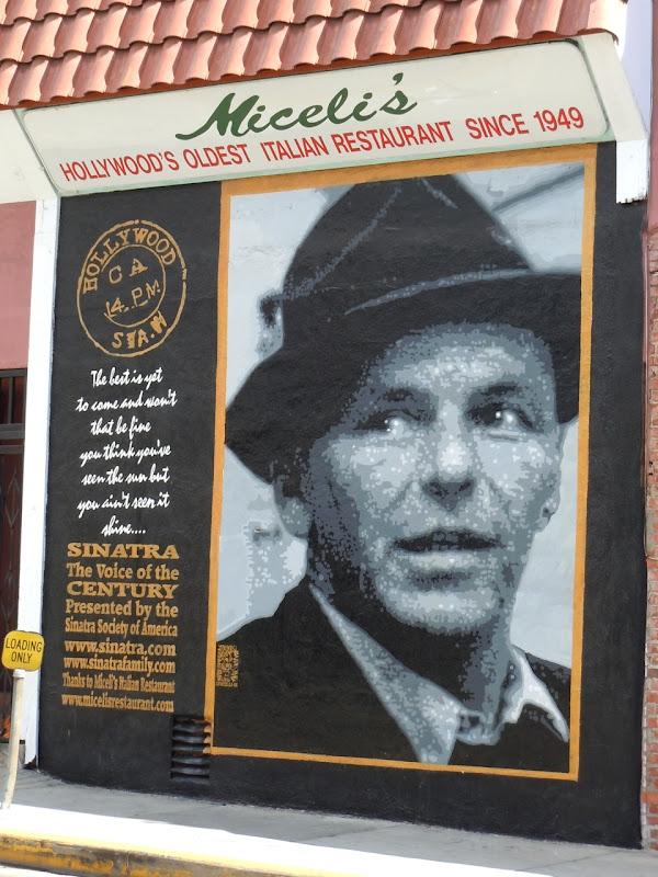 Frank Sinatra mural Los Angeles