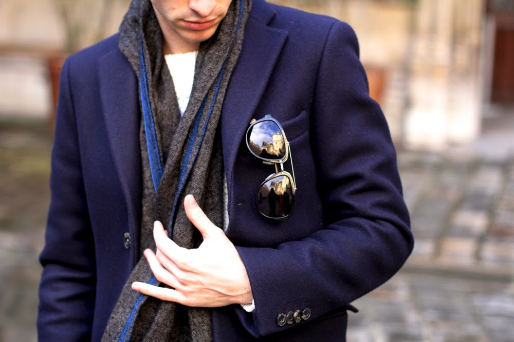 Acne-Studios-Coat_Peuterey-Jumper_Asos-Chino_Seiko-Watch_Pink-Socks_Scarosso-Inoui-Scarf_BLog-Mode-Homme-Style-Paris_Musée-Cluny