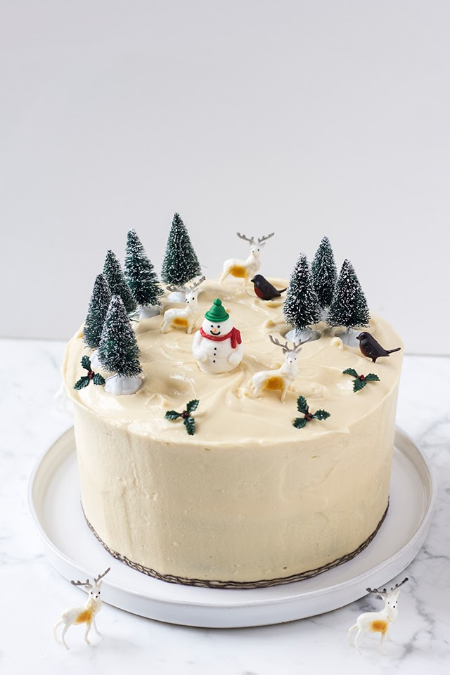 Mbakes Gingerbread Birthdaychristmas Cake With Mascarpone Frosting