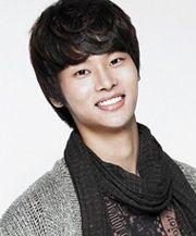 Biodata Cha Hak Yun pemeran Ha Dong Jae