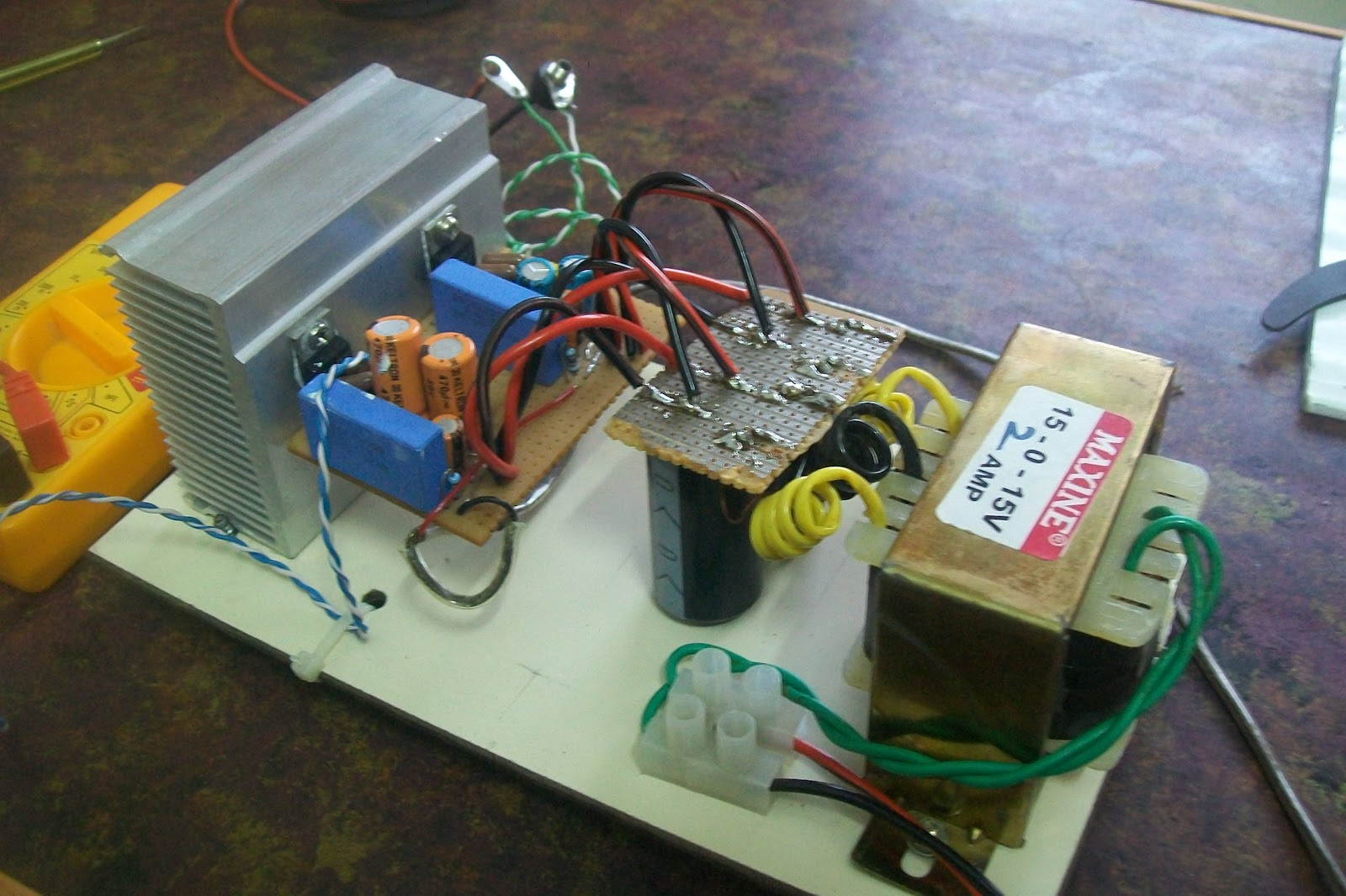 how to build an audio amplifier