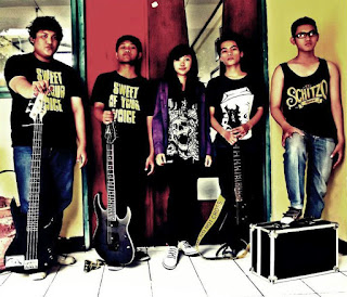 Sweet Of Your Voice Band Post Hardcore / Screamo with Female Vocal Sunter Jakarta Utara indonesia Foto Personil Images Pictures wallpaper