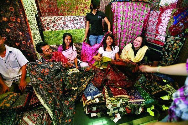 Pedagang Batik