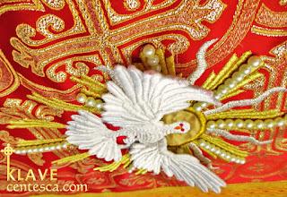 pentecost holy spirit dove embroidery by klave centesca vestments