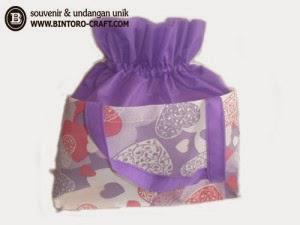 souvenir tas furing besar