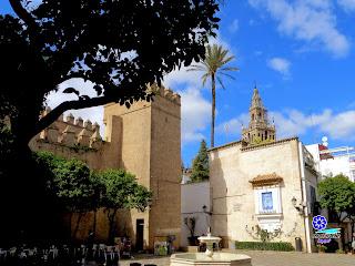 Sevilla - Plaza de la Alianza en el Barrio de Santa Cruz