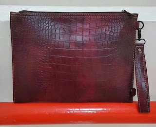 gambar clutch bag warna merah marun terbaru motif ular terbaru, harga murah terbaru