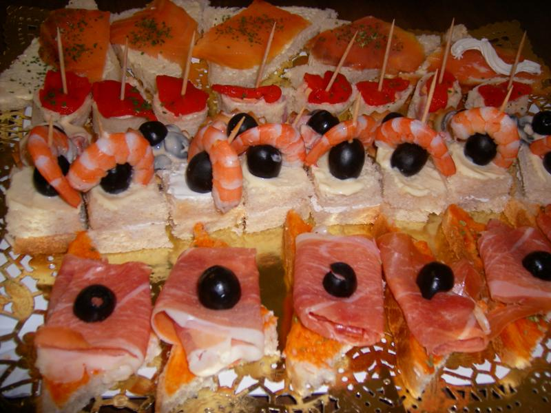 Canap s fr os for 2 canapes face a face