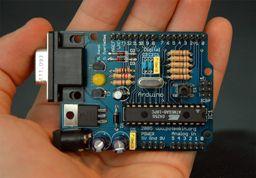 Placa de Arduino, la más popular plataforma de hardware libre