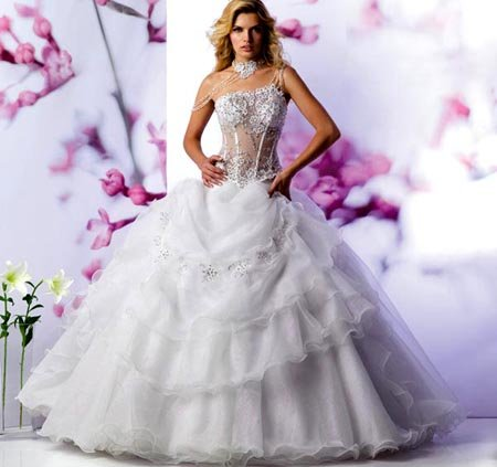 Wedding dress designers for Design wedding dress online
