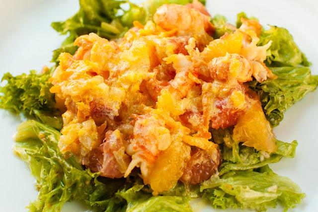 Цитрусовый салат с раками
