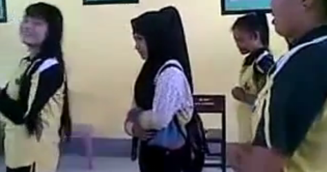 Video Anak SMA Tolitoli Permainkan Sholat Lecehkan Agama