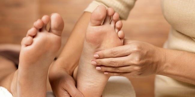kesehatan :  Manfaat Pijat Kaki Bagi Tubuh dan Kesehatan