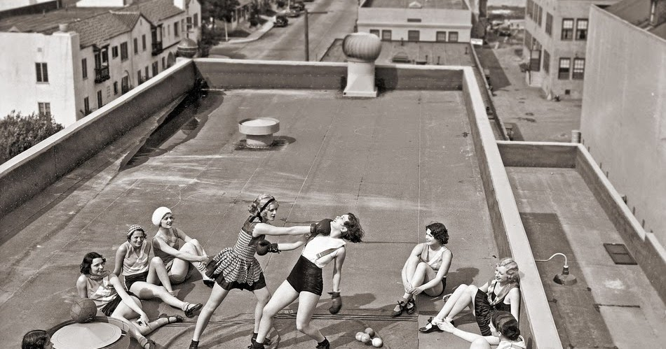 Vintage Female Boxing On Roof Women Fight Club Quotes