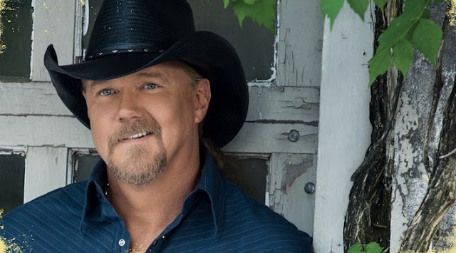 Trace Adkins Country Lineup Concert - Aurora, IL