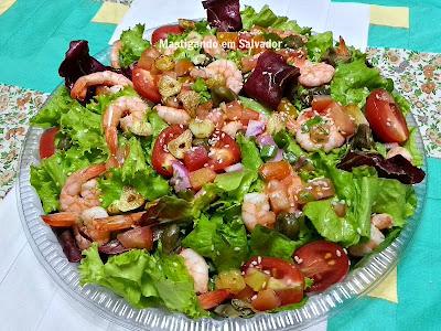 Alecrim Delivery: Salada de Camarão