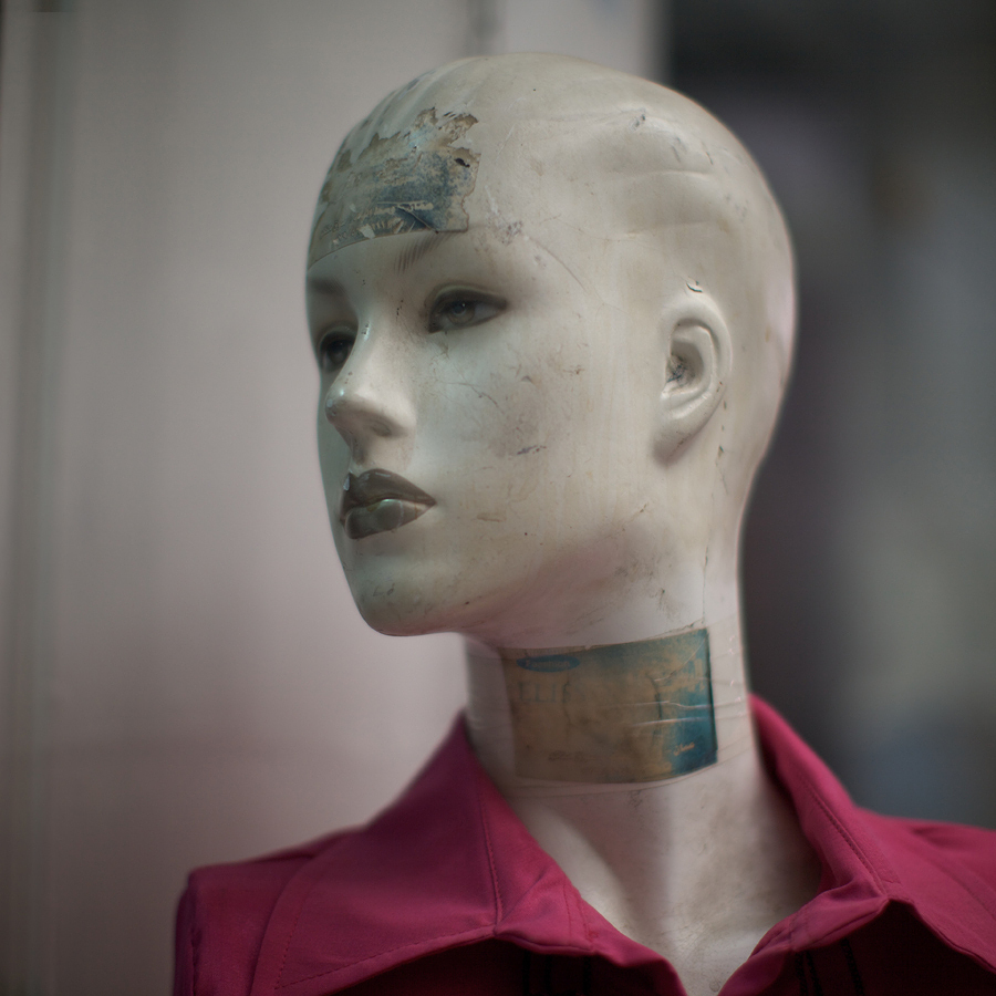 nuncalosabre. Mannequins: Farl Away Eyes - Frank Hallam Day