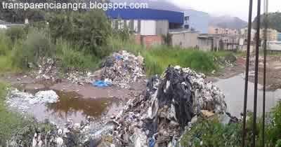 Lixo na Rua Japorangra - Japuíba
