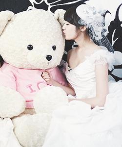 "Park Jiyeon 2013 Opening Picture ""Wedding Dress"""