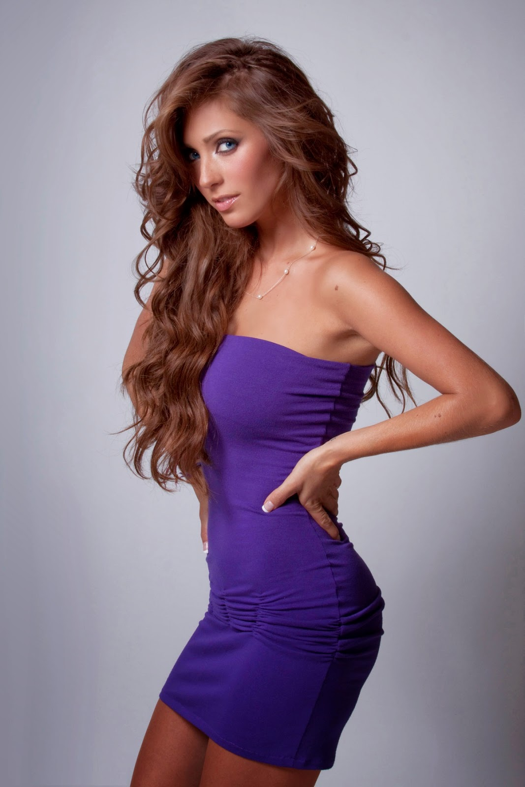 Anahi Giovanna Wallpapers Free Download