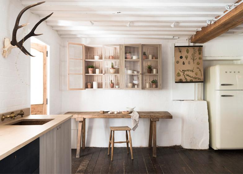 Cucina DeVol in legno ceduo by Sabastian Cox | ARC ART blog by ...
