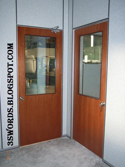 Gypsum Partitions With Glass : Gypsum board partition standard nyatoh ply door