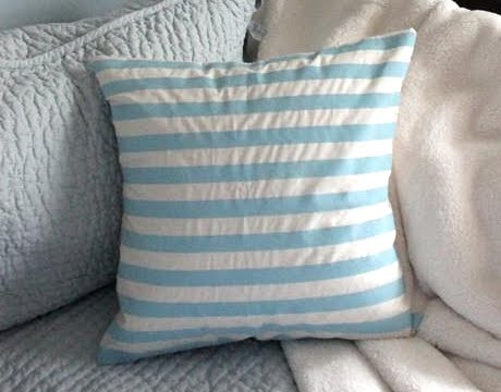 painting stripes on pillow