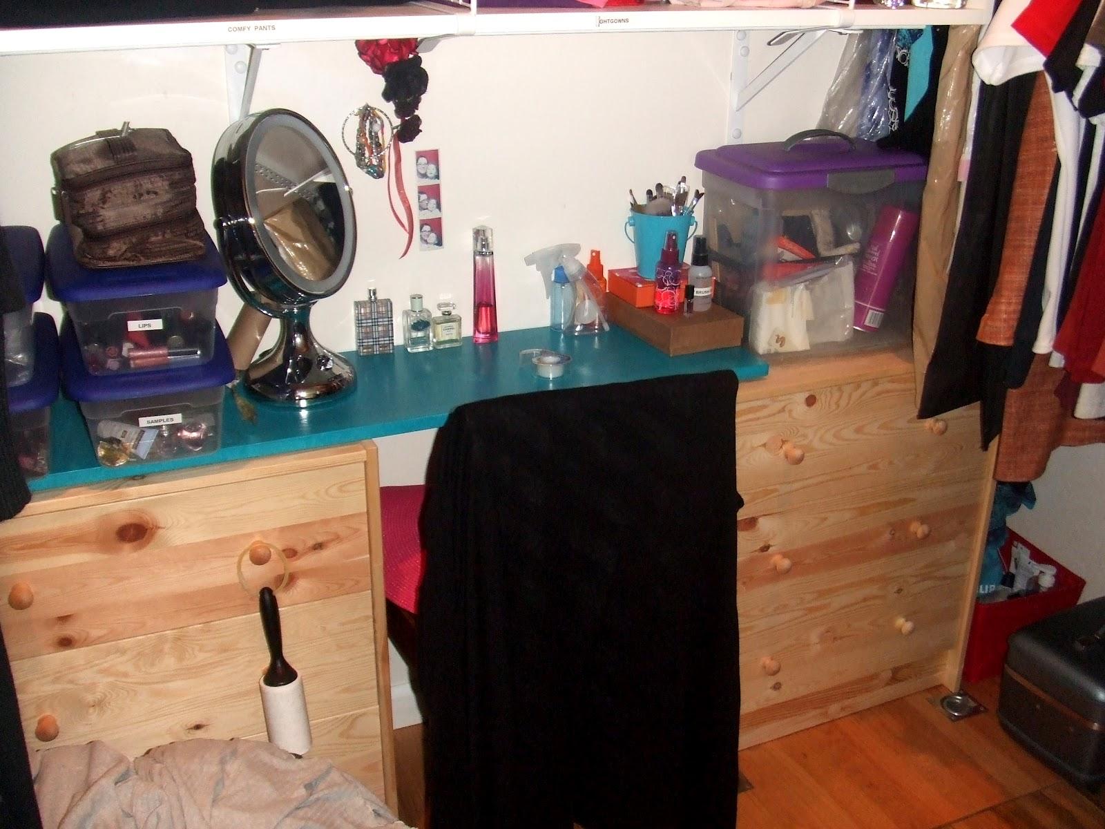 My (hopefully) Temporary Closet Mini Remodel