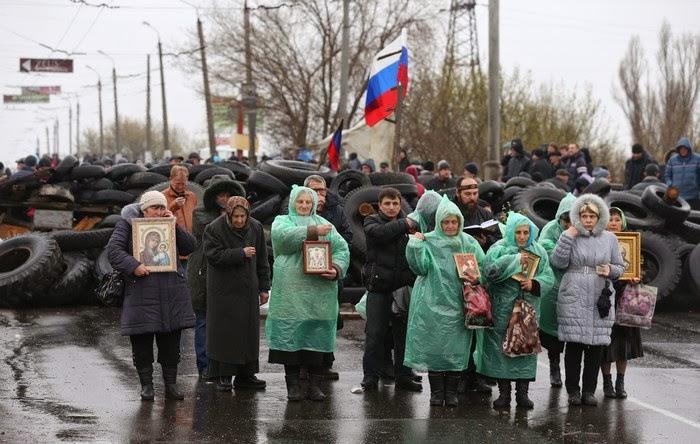 На Донетчине боевики из артиллерии обстреляли поселок Гродовка: ранены 8 жителей, - МВД - Цензор.НЕТ 8731