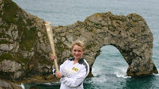 Next London Olympics 2012 : Olympic Flame Visits Durdle Door