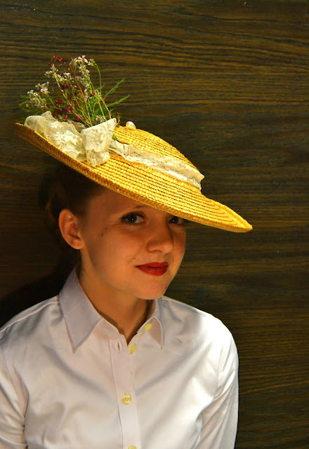 Flashback Summer: Sassy Straw Saucer Hat DIY- 1940s, 1950s vintage refashion tutorial