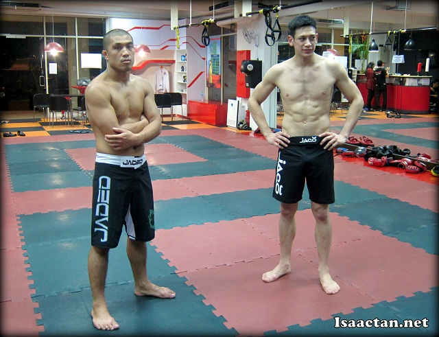 Eric Kelly and Peter Davis will fight at the tournament in their respective categories