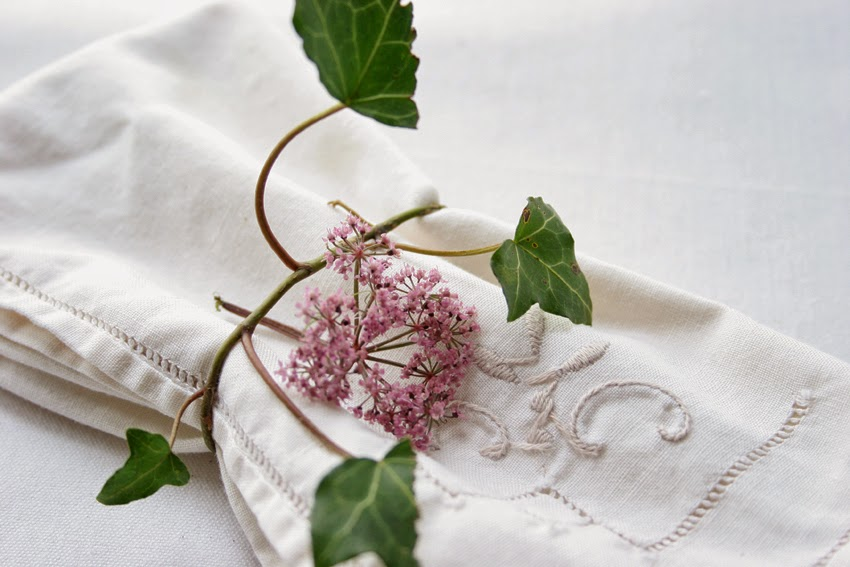 Servilleteros con flores silvestres2