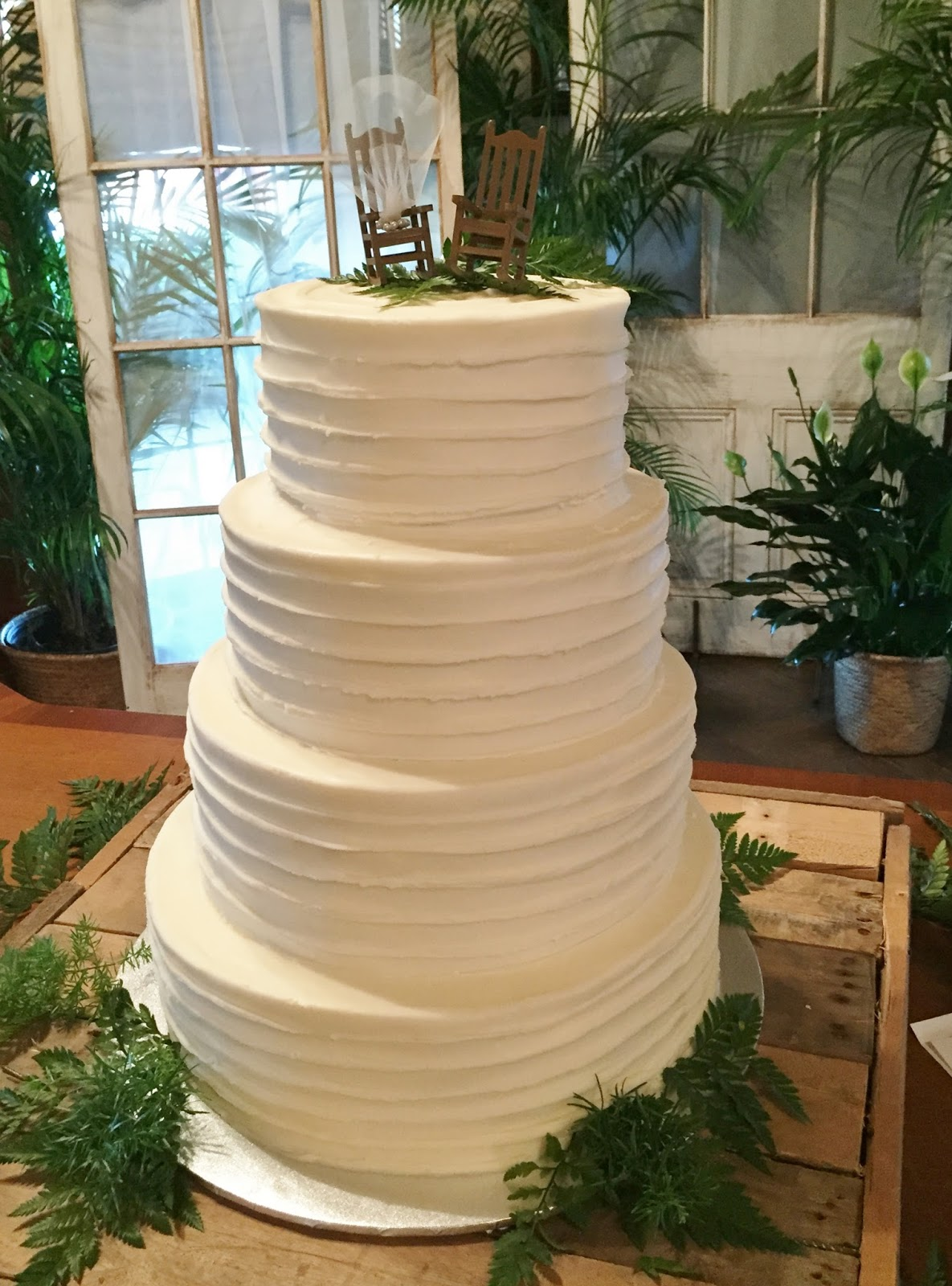 Cakes by Mindy: Textured wedding Cake 8\