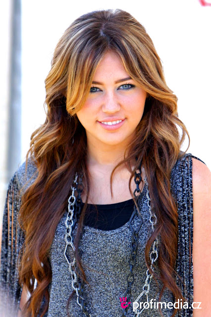 Miley Cyrus, Hairstyles, Images, Photos, Pictures