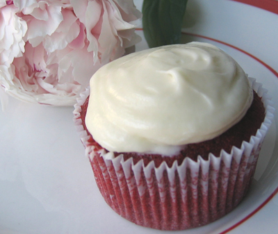 Birthday Cake: Recipes for Red Velvet Cupcakes