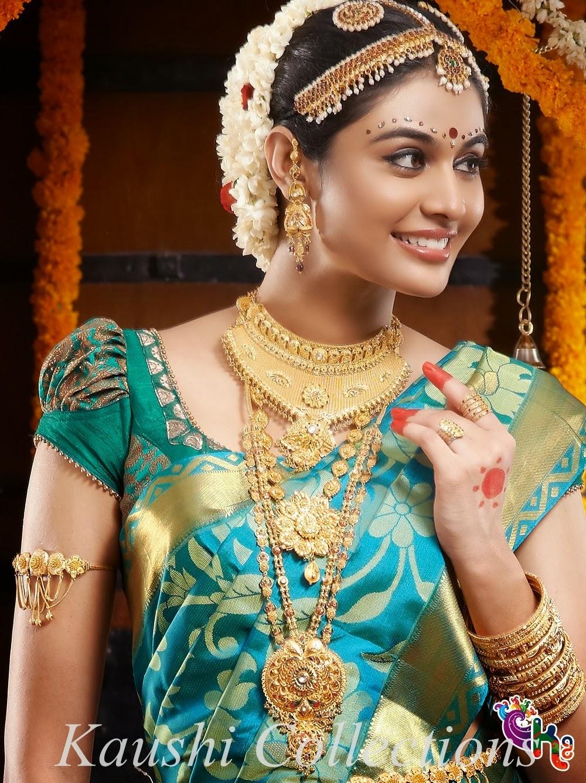 Sparkling Fashion How To Choose Wedding Sarees