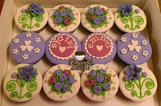 Fondant Cupcakes - For Hantaran