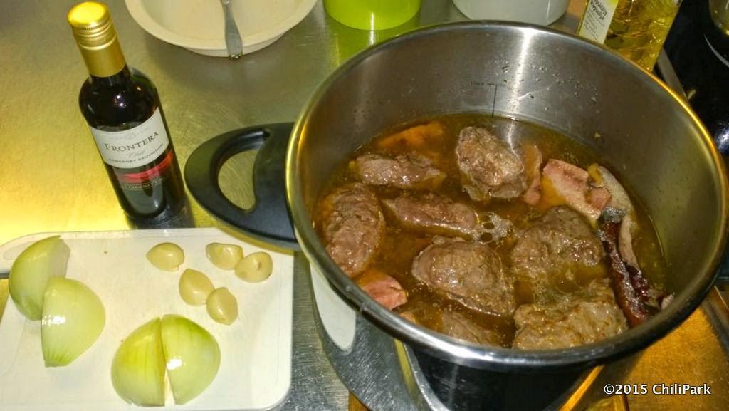 Lihaa painekattilassa