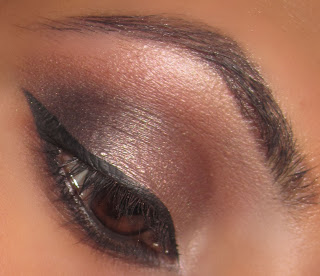 mac, makeup, eyeshadow, blog, satin taupe, dazzling, look, beauty, swiss chocolate, carbon, neutral, natural, smokey 2