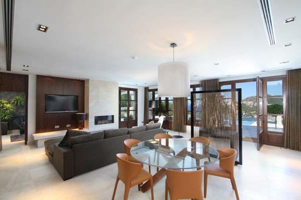 Hogares frescos casa de ensue o con maravillosas vistas for Villa interior design augusta ga