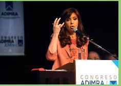 Presidenta de Argentina promulga nueva ley de hidrocarburos