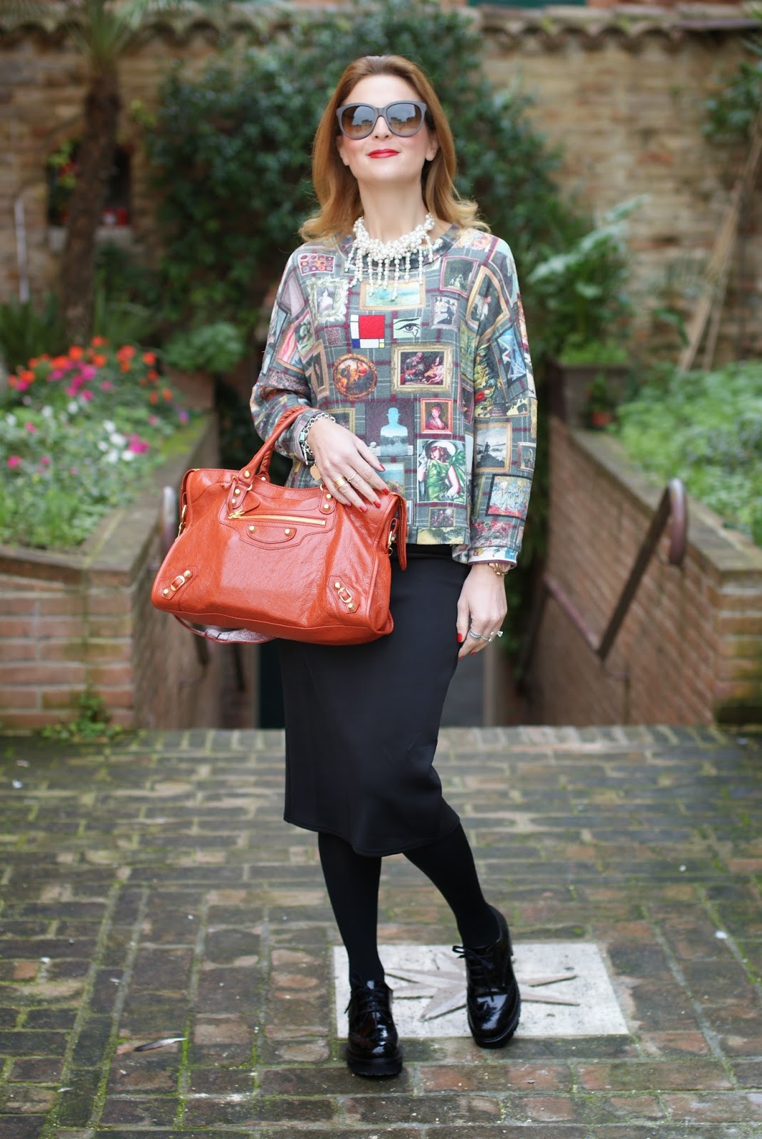 Asos midi pencil skirt, Balenciaga City bag, Fashion and Cookies, fashion blogger