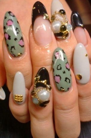 Glam-Chic-Fall-2012-Nail-Art-Designs-2