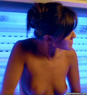 Crystal Lowe Topless Sexy Nude Scene in Final Destination 3