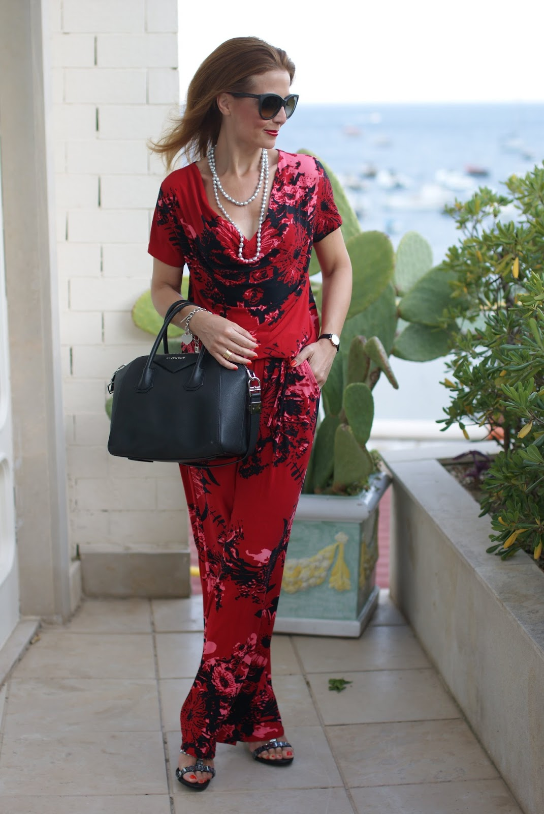 How to wear a jumpsuit with a Smash! Indigo overall on Fashion and Cookies fashion blog, fashion blogger style