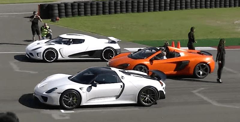ポルシェ、マクラーレン、ケーニグセグの高性能スーパーカーがドラッグレース!